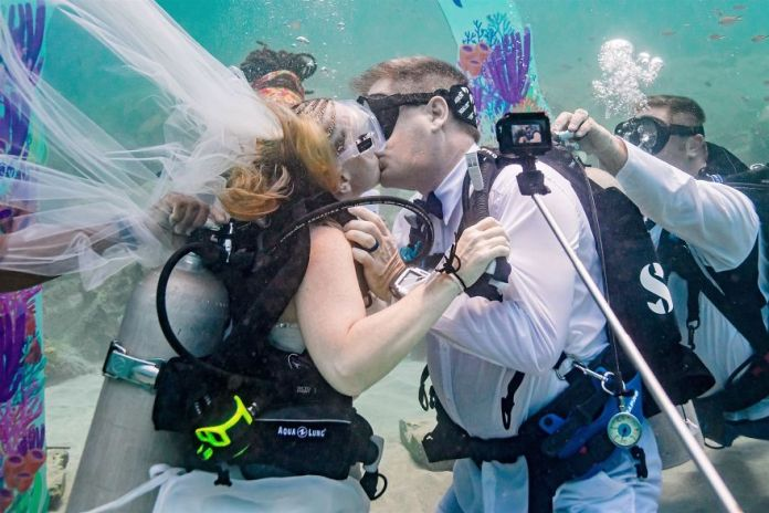 Got Married 32ft Underwater In The Caribbean Sea